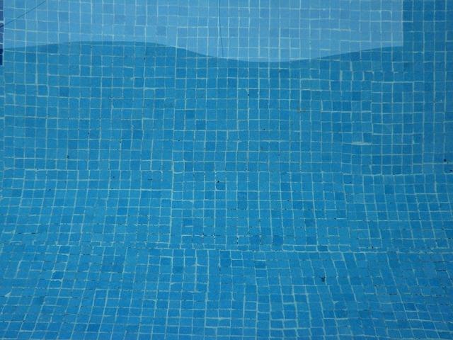 čistý bazén.jpg